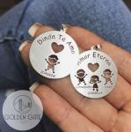 Pingente Bonequinhos Vazados e Nome Personalizados em Prata 925